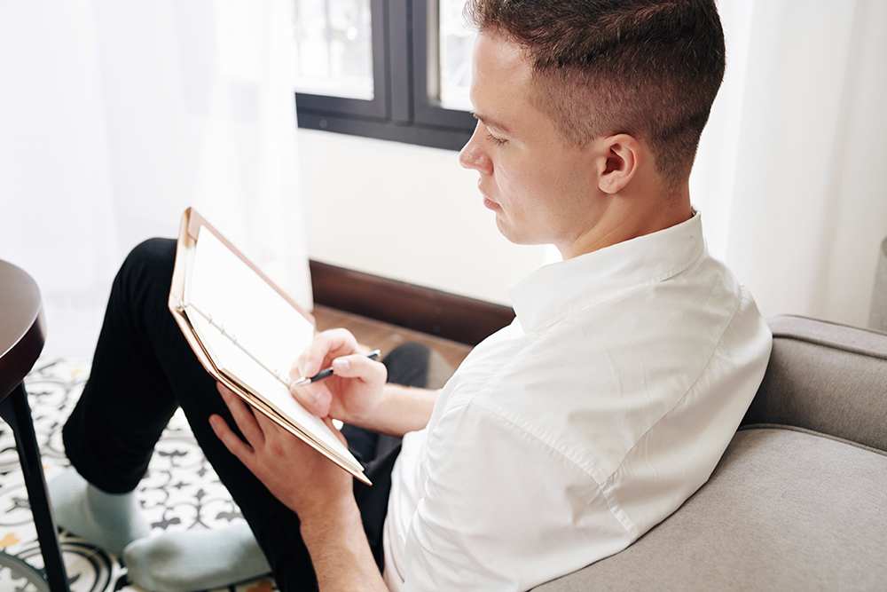 Journaling can help people process a relapse or slip